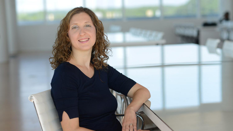 Stefanie Robinson, Assistant Professor of Marketing, Business Management